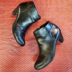 Sam Edelman black ankle boots, 7.5